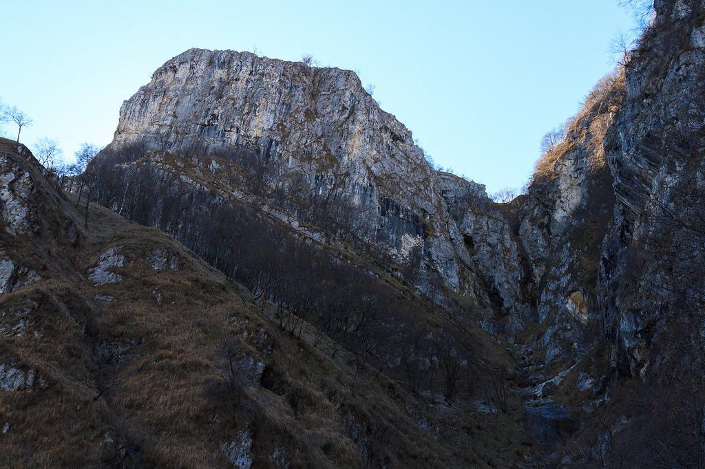 4 NOVEMBRE 2018: Monte Castel di Leves (966 m) da Onno